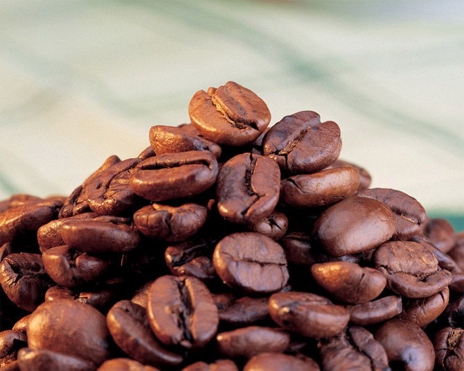 عکس دانه های قهوه برای پروفایل
