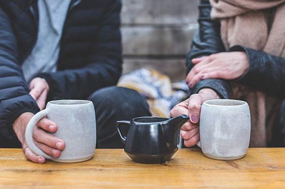 عکس قهوه خوردن در کافه
