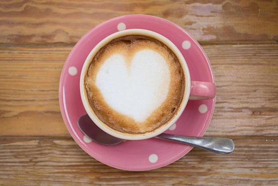 عکس فنجان قهوه عاشقانه برای پروفایل