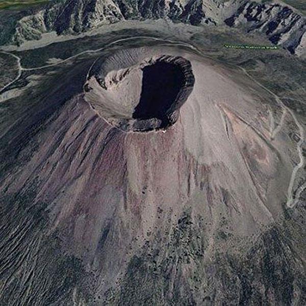 آتشفشان کوه وزوو