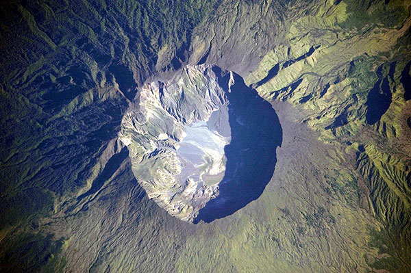 آتشفشان کوه تامبورا