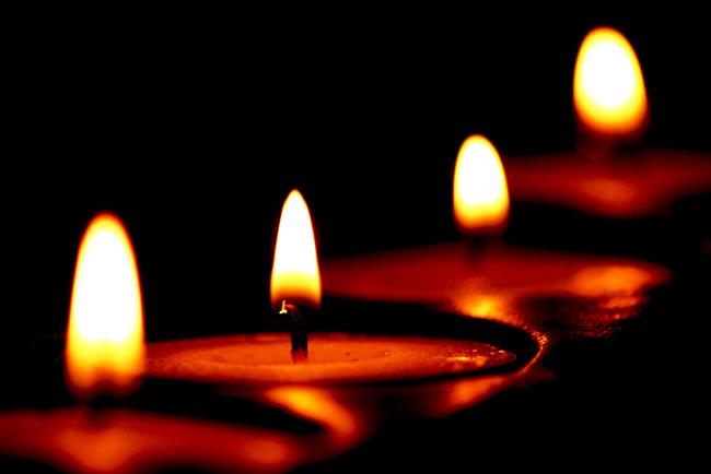 شمع های زیبا و روشن