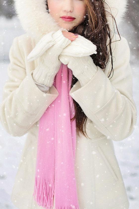 عکس پروفایل زمستانی دختر تنها و غمگین