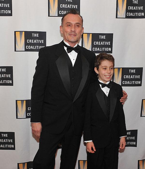 رابرت نپر و پسرش بنجامین پیتر