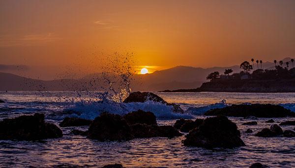 عکس غروب خورشید و دریا