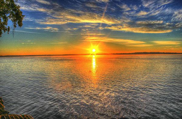 عکس های طلوع عاشقانه خورشید در دریا