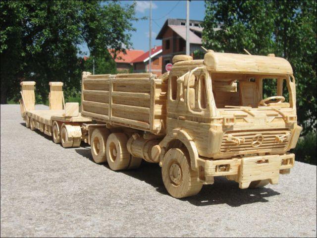 ماشین ها،تریلی ها، لودر و بولدوزرهای چوبی