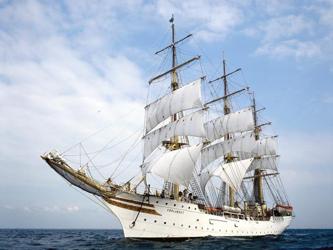 کشتی های بزرگ بادبانی