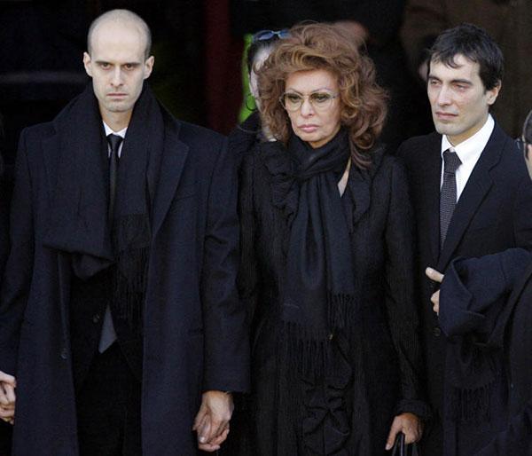 سوفیا لورن و پسرانش