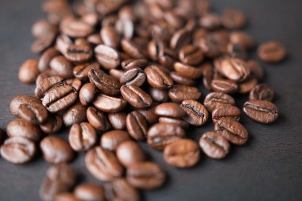 عوارض و مضرات کافئین