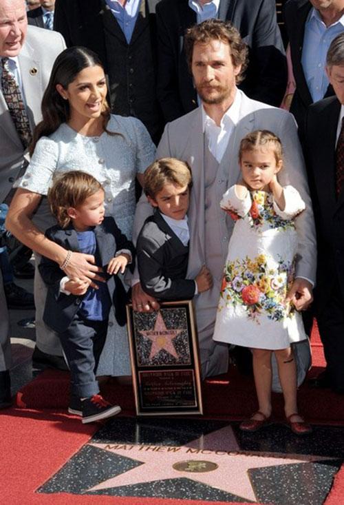 متیو مک کانهی و فرزندانش