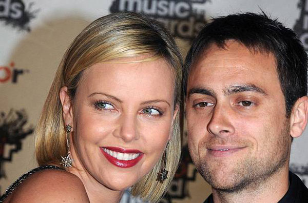 شارلیز ترون و همسرش استوارت توانسند