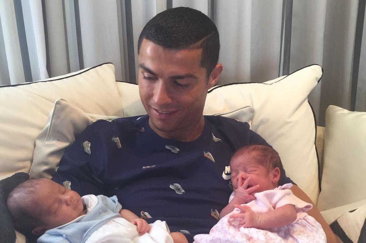 کریستیانو رونالدو و فرزندانش