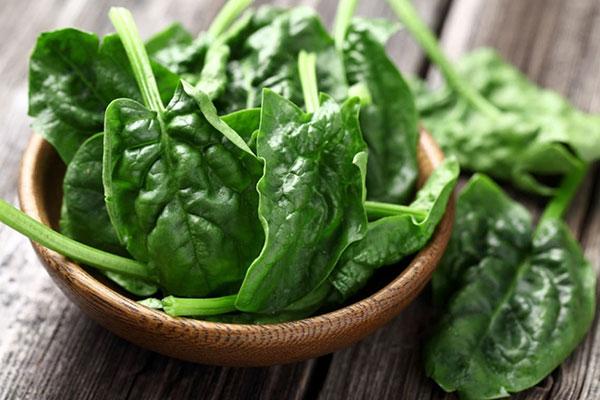 درمان کم خونی شدید با سبزیجات