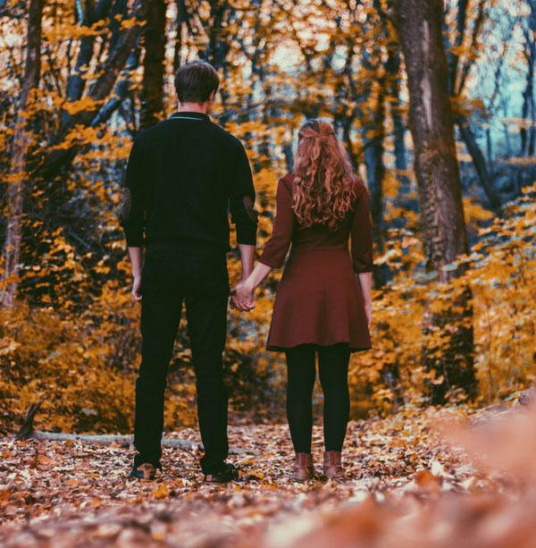 عکس زیبای عاشقانه پاییزی