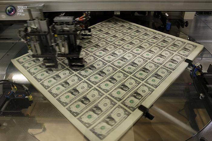 عکس هایی از مراحل چاپ اسکناس های دلار