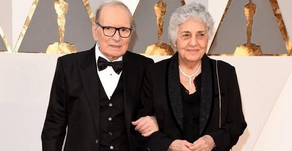 عکس انیو موریکونه و همسرش