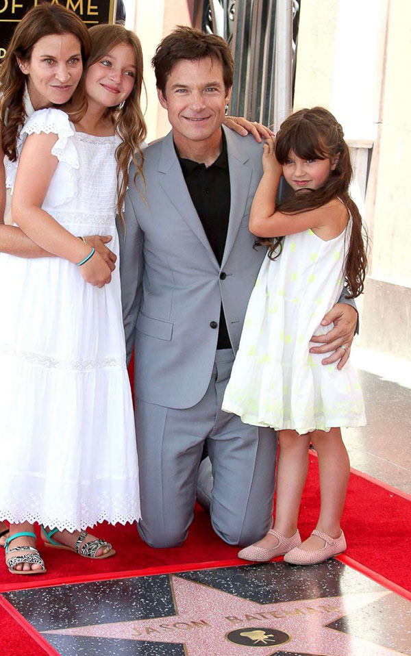 جیسون بیتمن و همسر و دخترانش