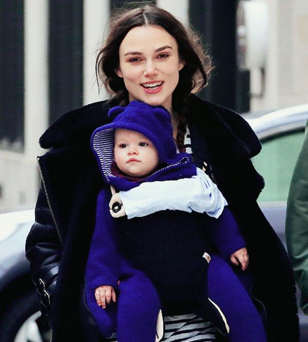 کایرا نایتلی و دخترش