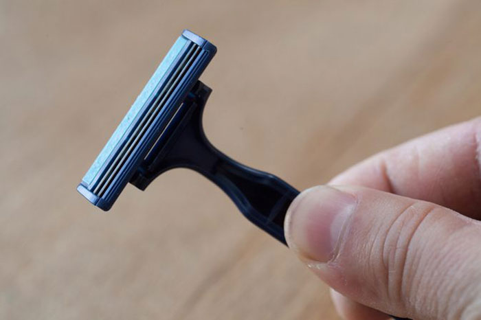 روش صحیح اصلاح موهای پا