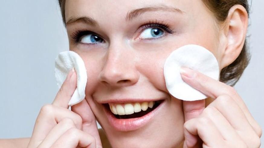 درمان لکه های صورت در بارداری