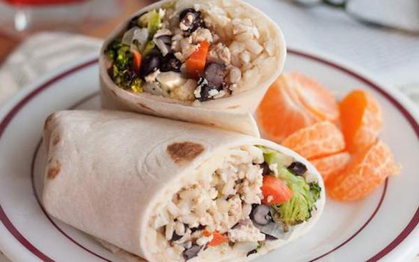طرز تهیه ساندویچ برنج و سبزیجات