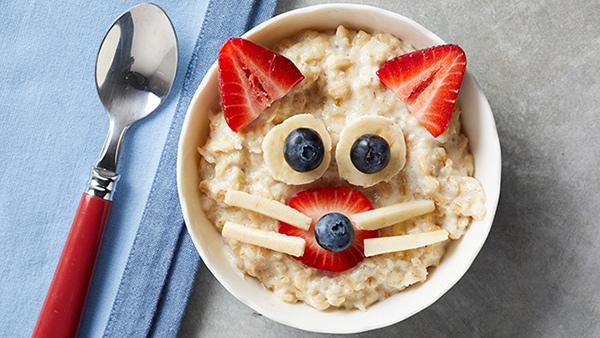 طرز تهیه صبحانه با جو پرک برای کودکان