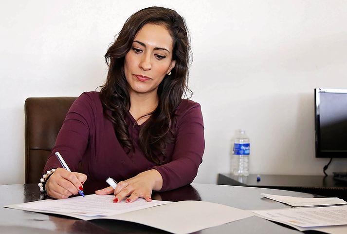 عادت های مالی زنان موفق