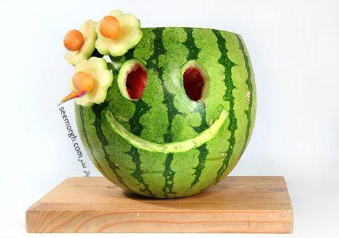 شب یلدا؛ تزیین هندوانه شب یلدا به شکل یک گلدان