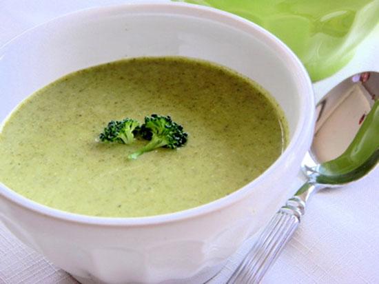 سوپ کلم بروکلی و تره فرنگی