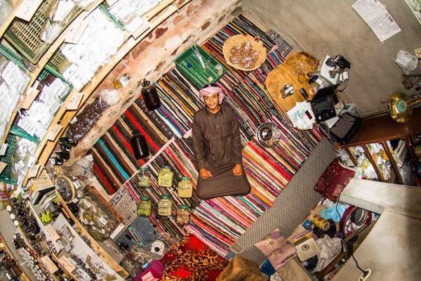 اتاق خواب جوان مصری، 18 ساله