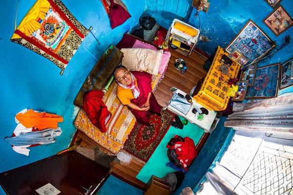 اتاق خواب جوان نپالی، 22 ساله