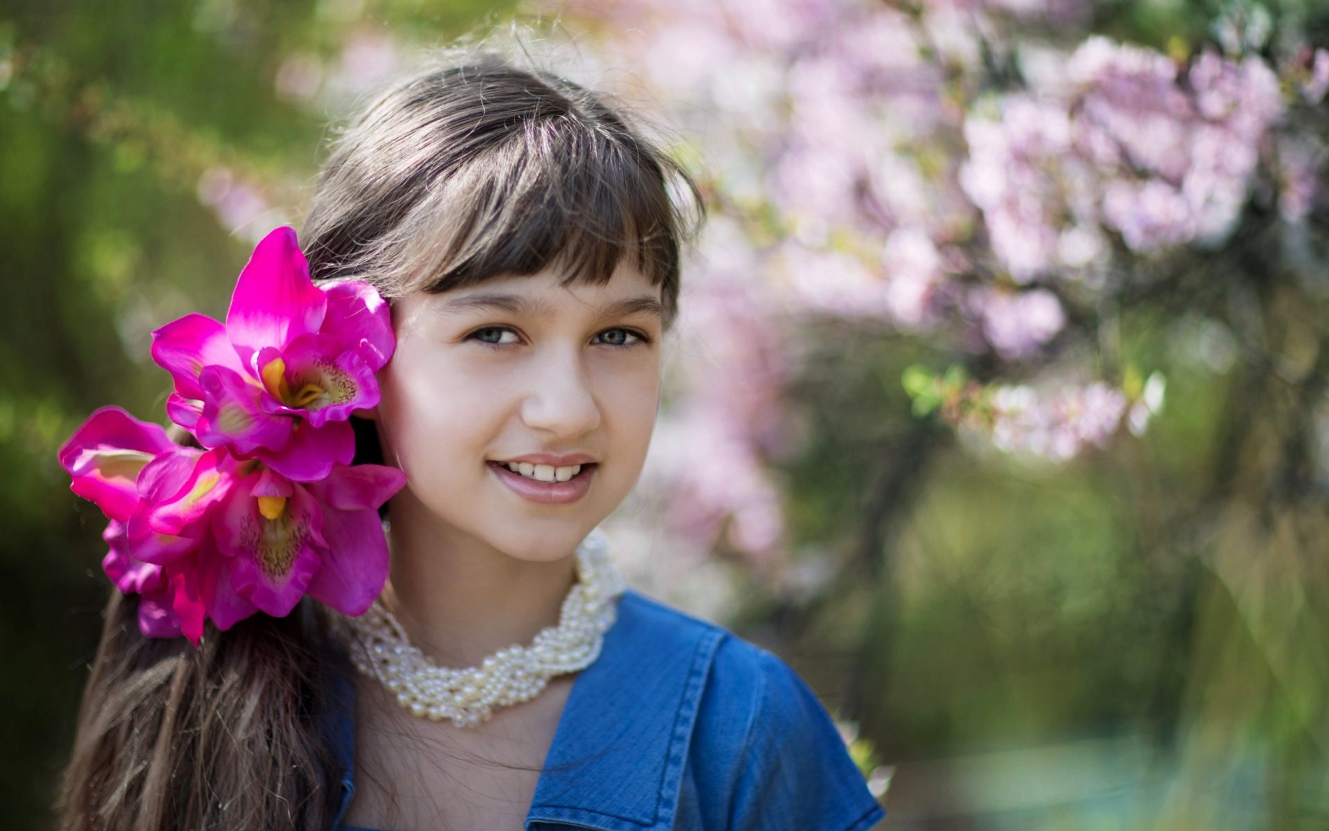 عکس دختر شاد و خندان برای پروفایل