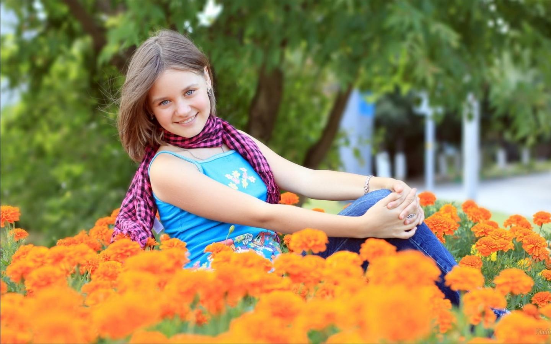 عکس دختر زیبا در طبیعت برای پروفایل