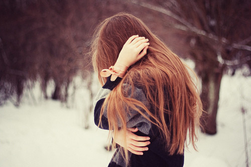 دانلود عکس زن تنها غمگین