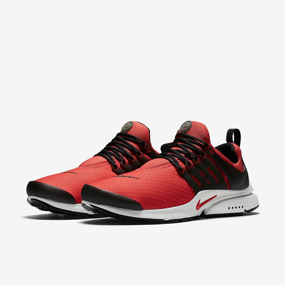 کفش اسپرت نایک قرمز