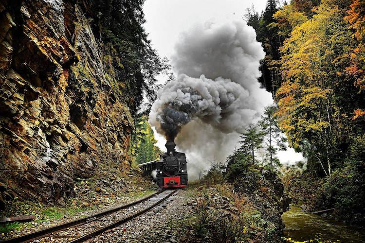 عکس قطار زیبا
