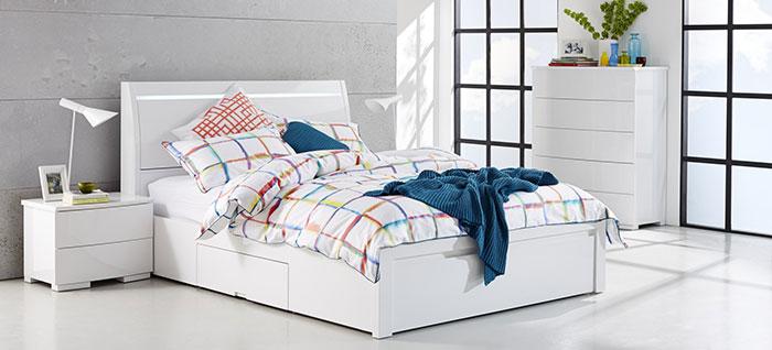 تخت خواب چوبی کلاسیک و ساده دو نفره
