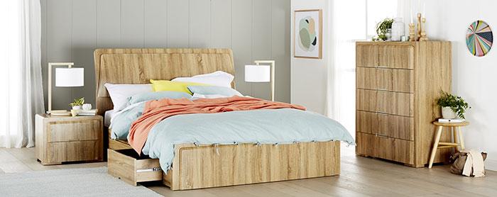 تخت خواب چوبی کلاسیک