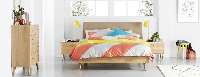 مدل تخت خواب چوبی کلاسیک و ساده دو نفره