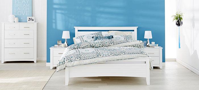 مدل تخت خواب چوبی ساده دو نفره سفید