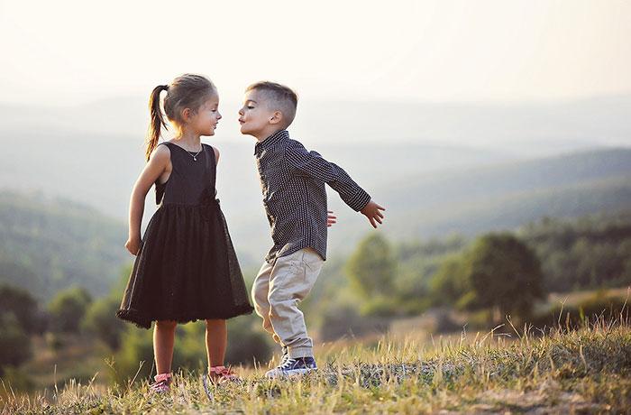 عکس عاشقانه بوسه زیبا
