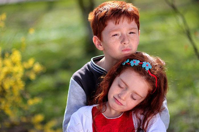 عکس عاشقانه بغل دختر و پسر
