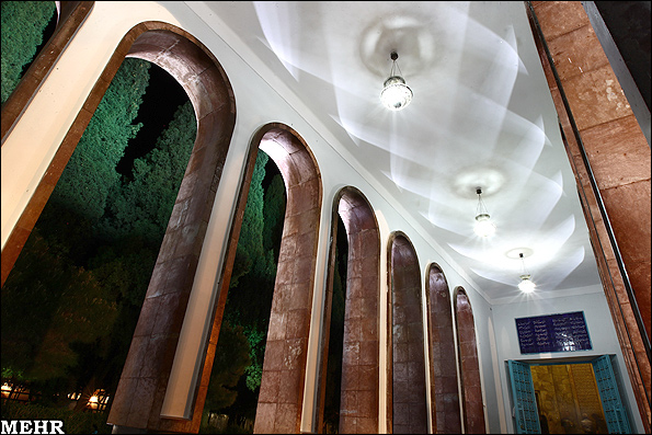 آرامگاه و مقبره سعدی شیرازیآرامگاه و مقبره سعدی شیرازی