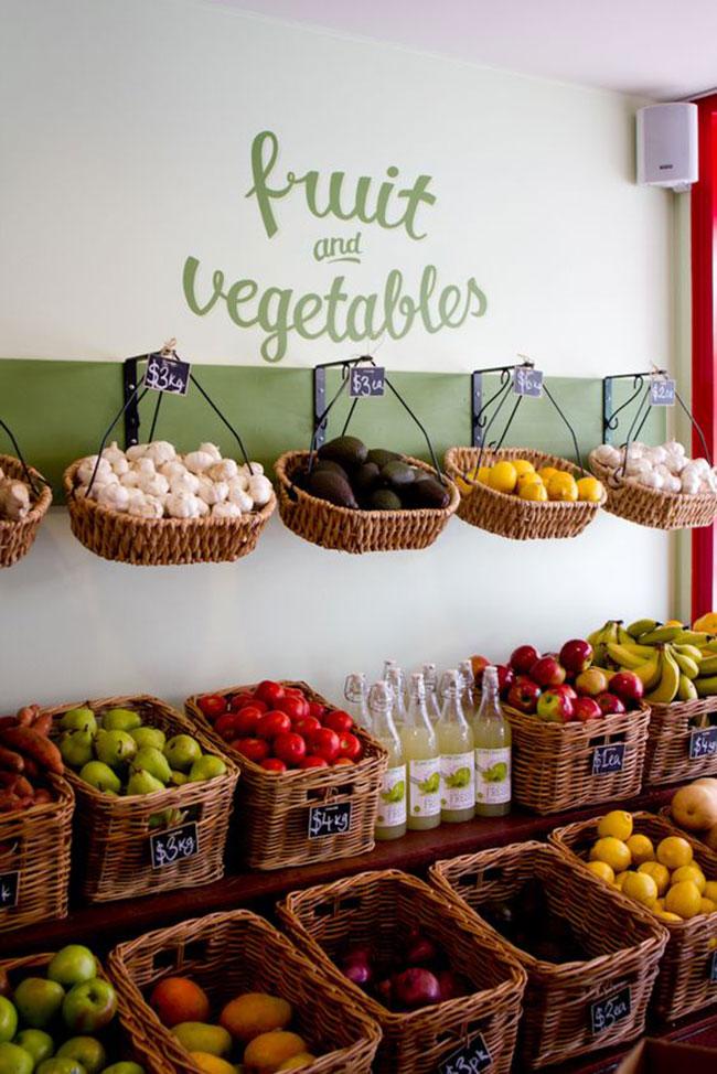 دکوراسیون مغازه کوچک میوه فروشی