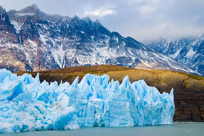 چشم انداز زیبای طبیعت قطب
