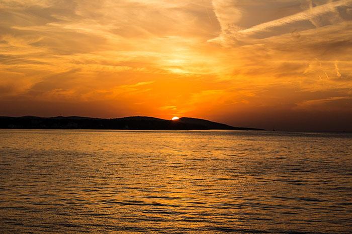 عکس ضد نور دریا و غروب خورشید