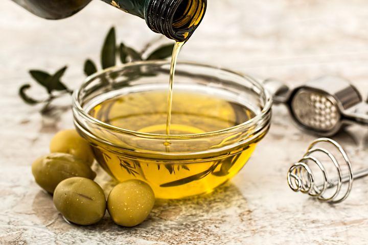 فواید دارویی و درمانی روغن زیتون خوراکی