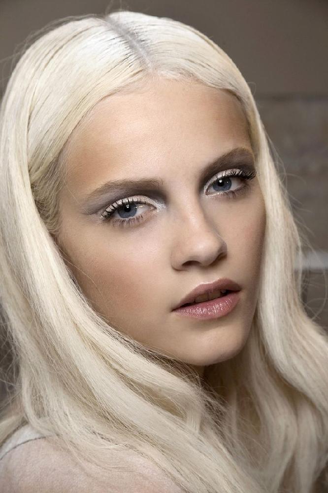 مدل رنگ موی بلوند یخی