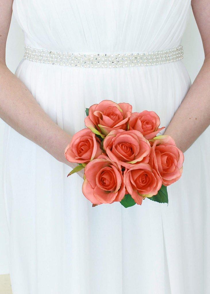 عکس دسته گل عروس بلا رز قرمز نارنجی